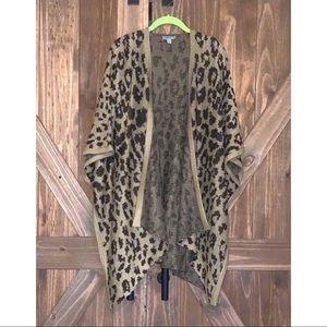 Leopard flowy cardigan